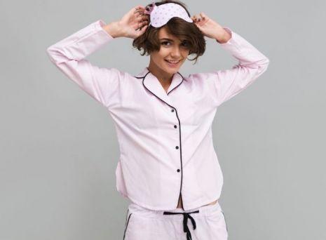 Ai nevoie de un set de pijamale de dama? Vezi aici top modele