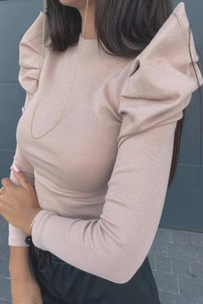 Bluza dama basic crem reiata cu maneca lunga si umeri bufanti mari