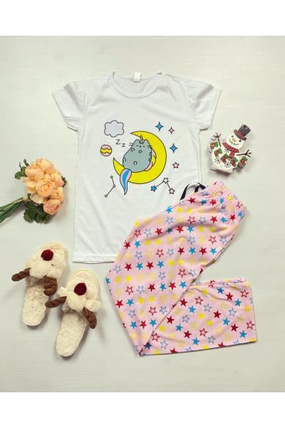 Pijama dama ieftina bumbac cu pantaloni lungi roz si tricou alb cu imprimeu Luna
