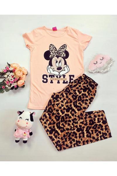 Pijama dama ieftina din bumbac cu pantaloni lungi animal print si tricou roz cu imprimeu MM Style
