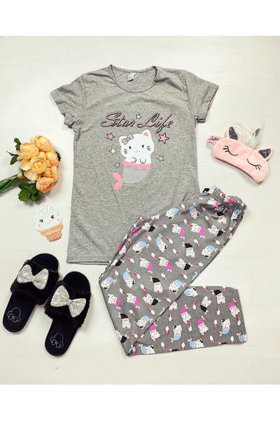 Pijama dama ieftina primavara-vara cu tricou gri si pantaloni gri cu imprimeu Star life