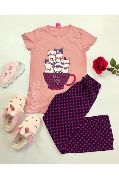 Pijama dama ieftina primavara-vara cu tricou roz si pantaloni lungi bleumarin cu imprimeu Pisicute Mug