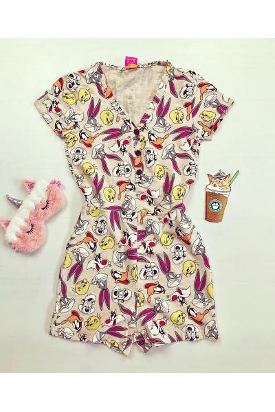Pijama dama scurta tip salopeta crem cu nasturi si imprimeu personaje desene animate