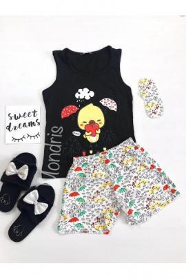 https://www.just4girls.ro/pijama-dama-bumbac-ieftina-cu-pantaloni-scurti-gri-si-maieu-negru-cu-imprimeu-puisor-26008.html