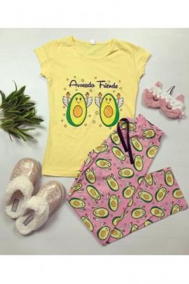 Pijama dama bumbac ieftina cu tricou galben si pantaloni lungi roz cu imprimeu Avocado