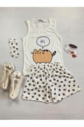 Pijama dama ieftina bumbac cu pantaloni scurti albi si maieu alb cu imprimeu Hi