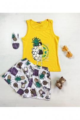 Pijama dama ieftina bumbac cu pantaloni scurti albi si maieu galben cu imprimeu Ananas & girl