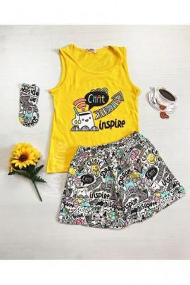 Pijama dama ieftina bumbac cu pantaloni scurti albi si maieu galben cu imprimeu Chat