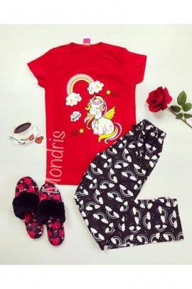 https://www.just4girls.ro/pijama-dama-ieftina-bumbac-lunga-cu-pantaloni-lungi-bleumarin-si-tricou-rosu-cu-imprimeu-unicorn-music-22995.html