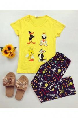 https://www.just4girls.ro/pijama-dama-ieftina-din-bumbac-cu-tricou-galben-si-pantaloni-bleumarin-cu-imprimeu-personaje-disney-23123.html