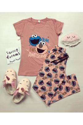 Pijama dama ieftina din bumbac cu tricou roz si pantaloni lungi roz cu imprimeu Yeah Awesome