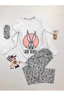 Pijama dama ieftina din bumbac lunga cu pantaloni lungi gri si bluza cu maneca lunga alba cu imprimeu Bugs Bunny Look Here