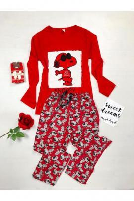 Pijama dama ieftina din bumbac lunga cu pantaloni lungi rosii si bluza rosie cu maneca lunga cu imprimeu Snoopy