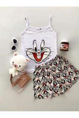 Pijama dama ieftina primavara-vara cu pantaloni scurti albi si maieu alb cu imprimeu Happy Bugs Bunny