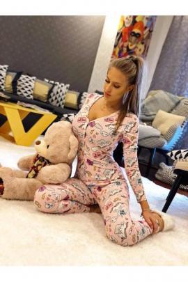 Pijama dama tip salopeta lunga roz cu maneca lunga si imprimeu Unicorn